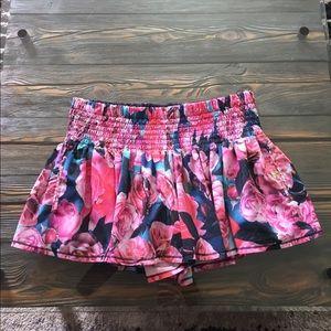 Lululemon shorts RARE 🍋💖